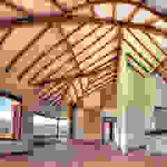 โดย cesar sierra daza Arquitecto ชนบทฝรั่ง ไม้จริง Multicolored