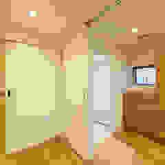 re.haus-tn/二世帯住宅の一世帯分をフルリノベーション 北欧スタイルの お風呂・バスルーム の 一級建築士事務所haus 北欧