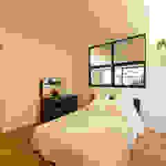 re.haus-tn/二世帯住宅の一世帯分をフルリノベーション 北欧スタイルの 寝室 の 一級建築士事務所haus 北欧