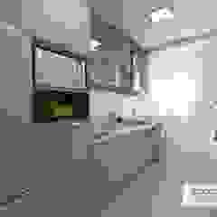 の Arquiteta Jéssica Hoegenn - Arquitetura de Interiores モダン