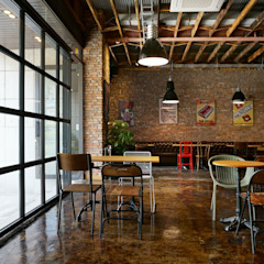 카페 인테리어 CAFE INTERIOR_부산인테리어 인더스트리얼 다이닝 룸 by 감자디자인 인더스트리얼