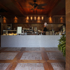 카페 인테리어 CAFE INTERIOR_부산인테리어 트로피컬 다이닝 룸 by 감자디자인 휴양지