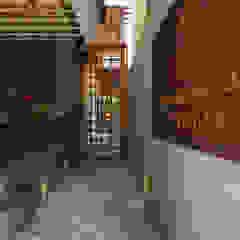카페 인테리어 CAFE INTERIOR_부산인테리어 트로피컬 복도, 현관 & 계단 by 감자디자인 휴양지