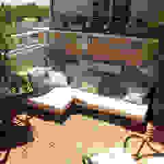 Mediterranean style balcony, porch & terrace by KELE voy a hacer Mediterranean