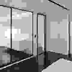Moderne glazen taatsdeur Rimadesio Vela op maat van Noctum Modern