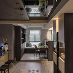 Ruang Studi/Kantor Modern Oleh 鼎士達室內裝修企劃 Modern Kayu Buatan Transparent