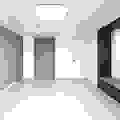 Modern style bedroom by 디자인 아버 Modern