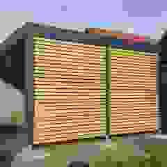 โดย Carport-Schmiede GmbH & Co. KG - Hersteller für Metallcarports und Stahlcarports auf Maß โมเดิร์น