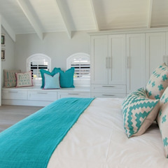 Girl's Bedroom Classic style bedroom by Overberg Interiors Classic