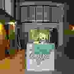 Scandinavische kantoor- & winkelruimten van TESTA studio Scandinavisch