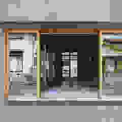 من 建築設計事務所 可児公一植美雪/KANIUE ARCHITECTS تبسيطي خشب Wood effect