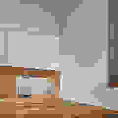 HIYOSHI-K の 建築設計事務所 可児公一植美雪/KANIUE ARCHITECTS オリジナル 合板(ベニヤ板)