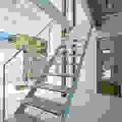 Oleh Takeru Shoji Architects.Co.,Ltd Eklektik