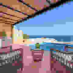 Mediterranean style balcony, porch & terrace by Estatiba construcción, decoración y reformas en Ibiza y Valencia Mediterranean
