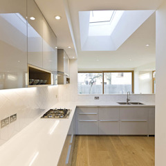 Kitchen Кухня в стиле модерн от Designcubed Модерн Кварц