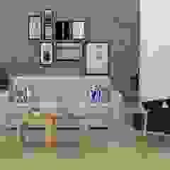 by Decó ambientes a la medida Eclectic