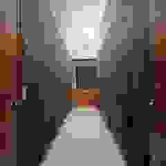 by Brenno il mobile Minimalist Wood Wood effect