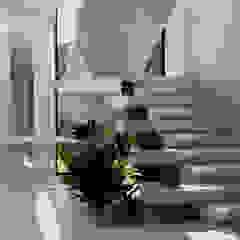 من Iuri Pollon Arquitetura & Design تبسيطي الطوب