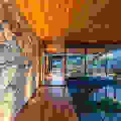 Revestimento de pedra Paredes e pisos clássicos por Atrium Vale Pedras e Projetos Clássico Pedra
