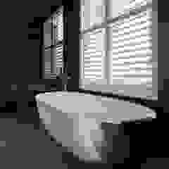 A Classic Contemporary Home in Clapham South Plantation Shutters Ltd Kamar Mandi Modern Kayu White