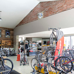 Two Wheels Trading by DMV ARCHITECTURE Industrial