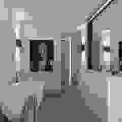 Penthouse Moderne badkamers van Studio Mariska Jagt Modern