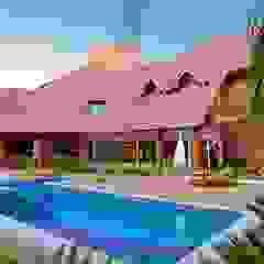 Residência E & A Piscinas rústicas por Delmondes Arquitetura e Interiores Rústico