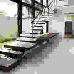 Luz Natural por PGM Arquitetura e Contrução Moderno