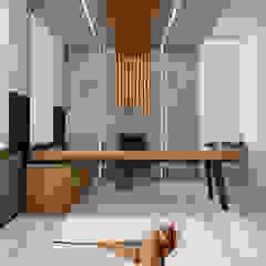 Moderne kantoor- & winkelruimten van Deev Design Modern Koper / Brons / Messing