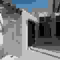 van Arq Eduardo Galan, Arquitectura y paisajismo Tropisch
