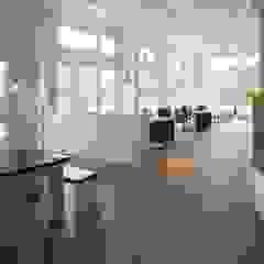 من _WERKSTATT FÜR UNBESCHAFFBARES - Innenarchitektur aus Berlin إسكندينافي