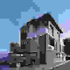 من LARQ Arquitectura y Diseño إستوائي خشب Wood effect