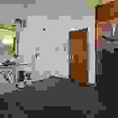 Mediterranean style doors by EU LISBOA Mediterranean