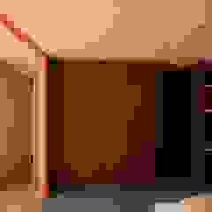 坂の上の家 北欧スタイルの 寝室 の TOGODESIGN 北欧 合板(ベニヤ板)