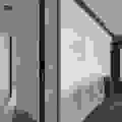 Industrial style corridor, hallway and stairs by 邑舍室內裝修設計工程有限公司 Industrial