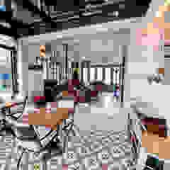 Hotel in Alacati by KAROİSTANBUL من KAROİSTANBUL إستوائي