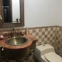 Rustikale Badezimmer von CIENTO ONCE INMOBILIARIA Rustikal