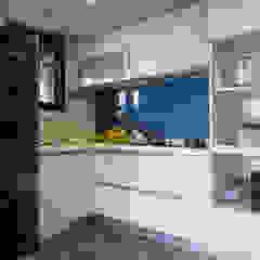 من 富亞室內裝修設計工程有限公司 صناعي زجاج