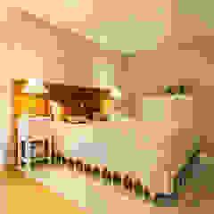by SHI Studio, Sheila Moura Azevedo Interior Design Modern