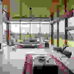 Custom Homes in Ontario Modern living room by Trevor McIvor Architect Inc Modern
