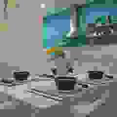 Mediterranean style dining room by Duplex Home Staging Mediterranean