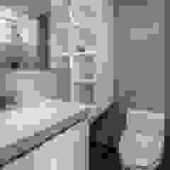 Phòng tắm phong cách Bắc Âu bởi Feeling 室內設計 Bắc Âu