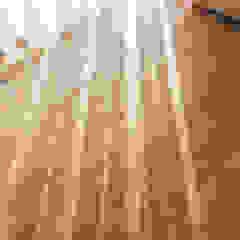 por Roble Colonial Madeira Acabamento em madeira