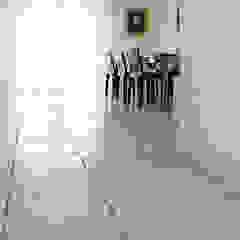 Mediterranean style dining room by Viel Emozioine Pietra Mediterranean Marble