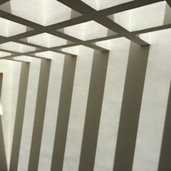 by UG ARQUITECTOS 지중해 철근 콘크리트