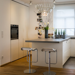 Innenarchitektur Olms 現代廚房設計點子、靈感&圖片