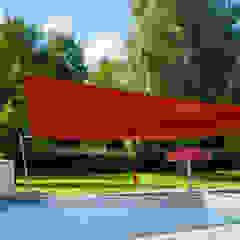 Pina GmbH - Sonnensegel Design Jardines de estilo moderno Rojo