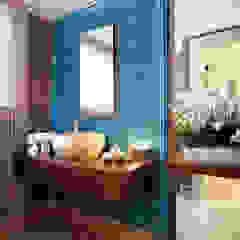 Bosphorus City Villa - Istanbul / Turkey od Sia Moore Archıtecture Interıor Desıgn Klasyczny Ceramiczny