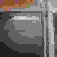 FAMILY HOUSE de GR Arquitectura Moderno Hierro/Acero