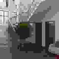 Oleh Дизайн студія 'Porta Rossa' Skandinavia